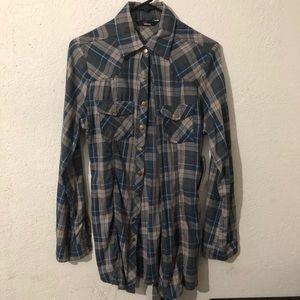 👽2/$30 Plaid Button Down Self Belt Shirt